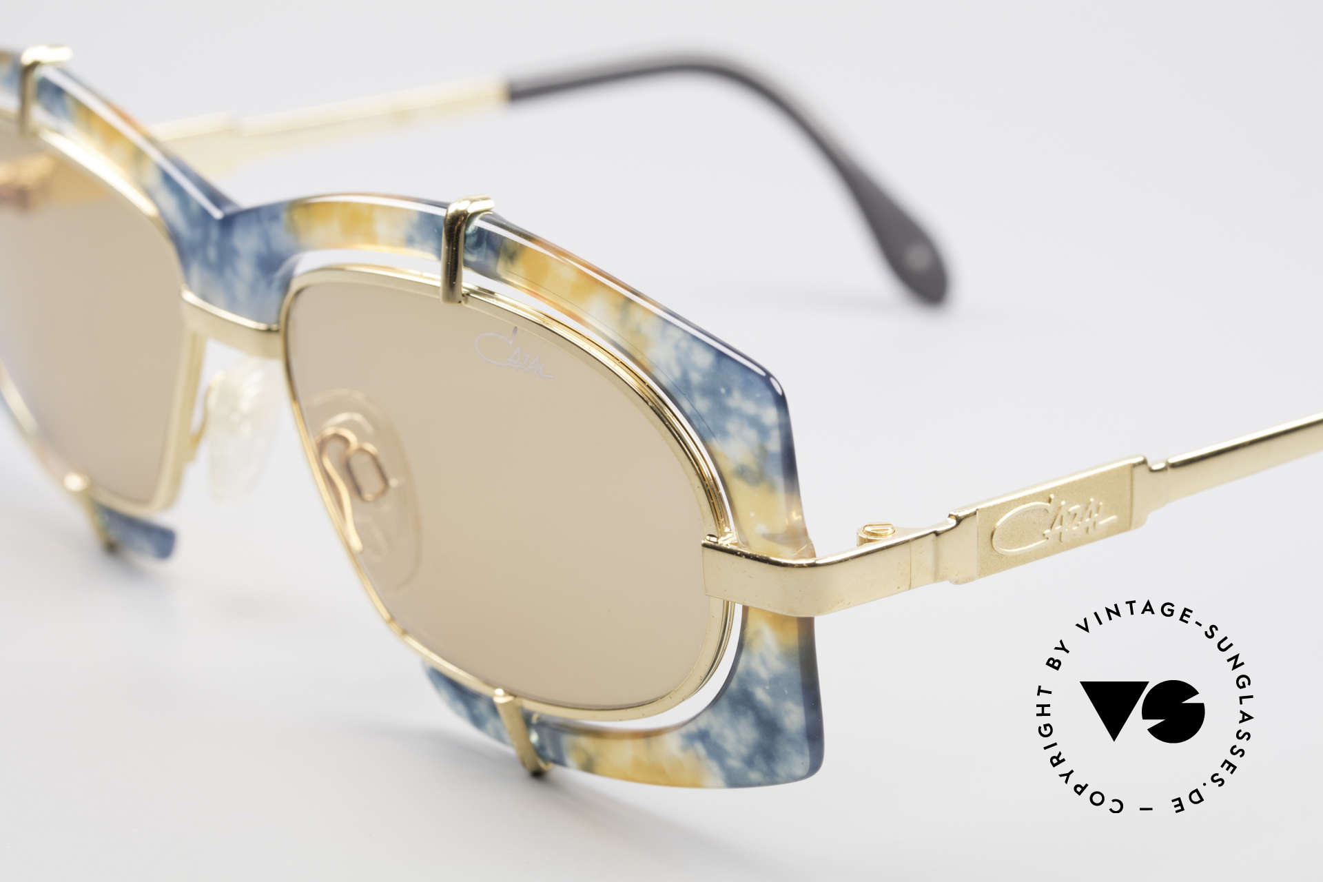 Cazal 872 Flashy Haute Couture Shades, thus, a sought-after HIP-HOP sunglasses, worldwide, Made for Men and Women