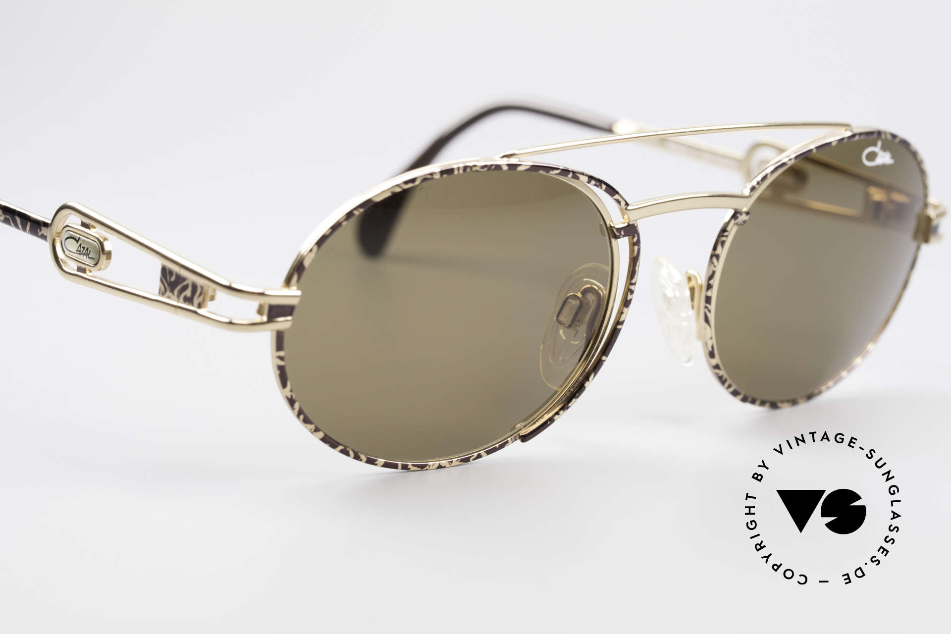 Cazal 965 90s Steampunk Oval Shades, NO RETRO sunglasses, but an authentic old ORIGINAL, Made for Men and Women