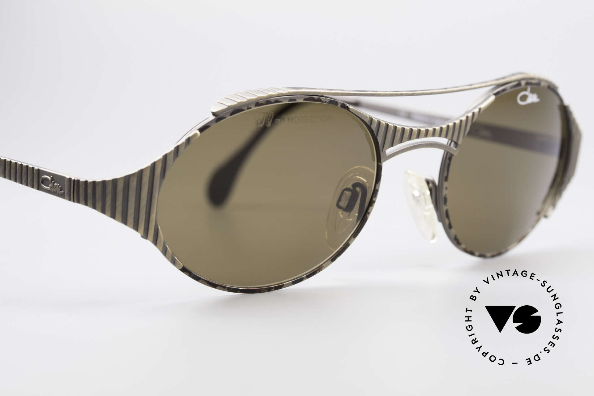 Cazal 978 Vintage Designer Sunglasses, with dark brown sun lenses (for 100% UV protection), Made for Men and Women