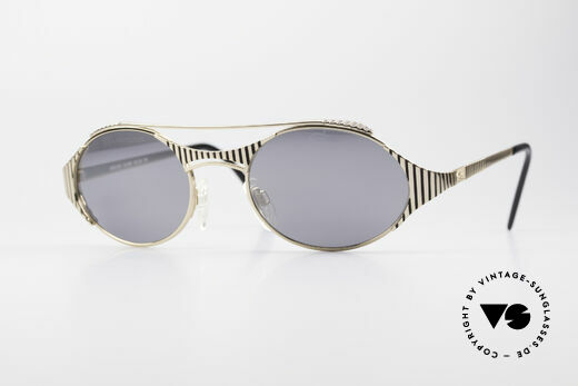 Cazal 978 Oval Designer Sunglasses Details