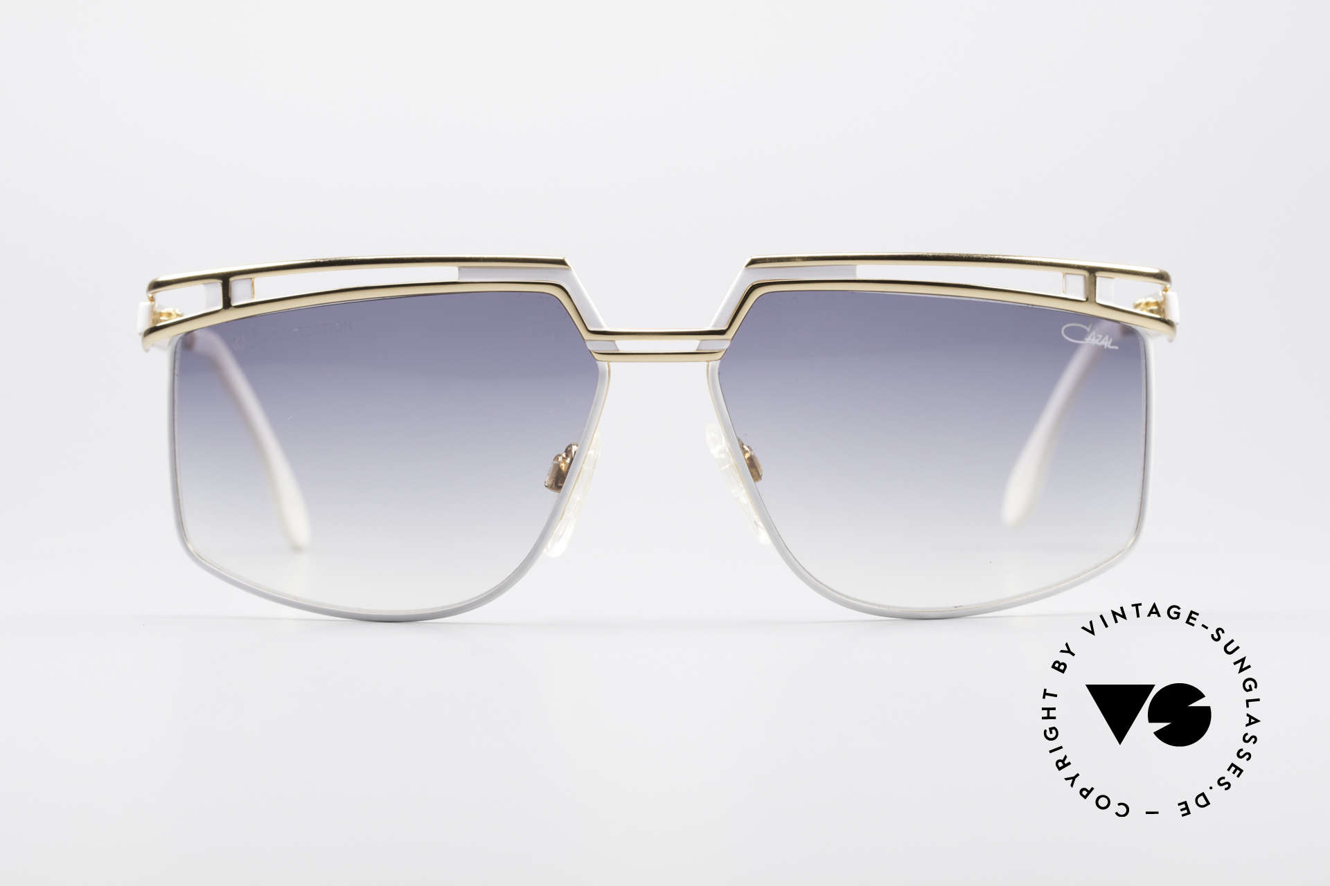 Cazal 957 XLarge HipHop Vintage Shades, mod. 957 was made from 1988-1992 in Passau, Bavaria, Made for Men and Women