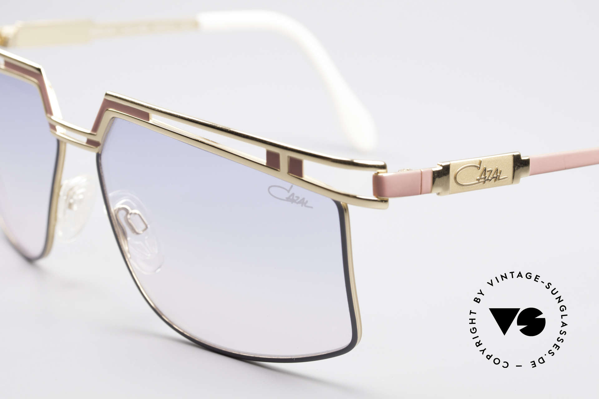 Cazal 957 XLarge HipHop Vintage Shades, code 369: pink-gray frame & blue-rosé gradient lenses, Made for Men and Women