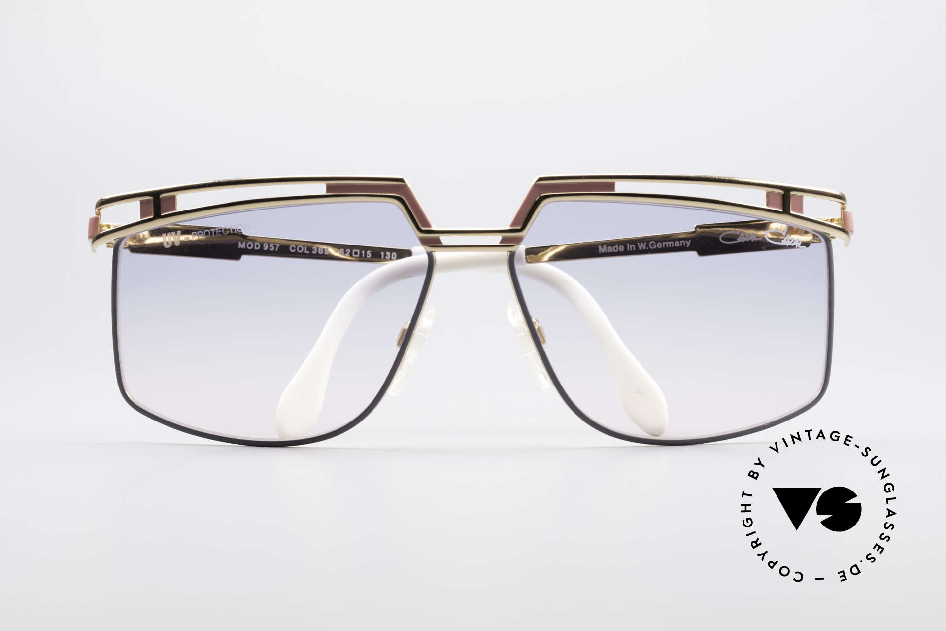 Cazal 957 XLarge HipHop Vintage Shades, unworn, NOS (like all our rare vintage HIP HOP Cazals), Made for Men and Women