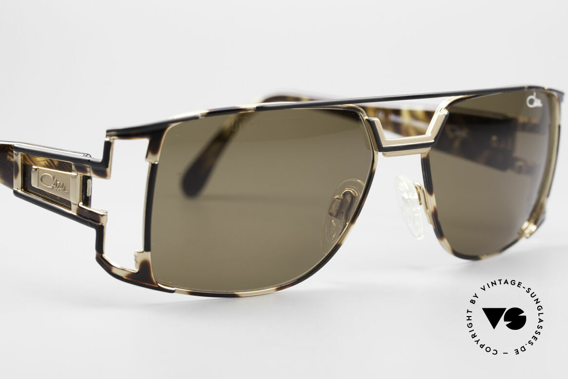Cazal 974 Designer Shades Ladies Gents, unworn, NOS (like all our rare vintage CAZAL eyewear), Made for Men and Women