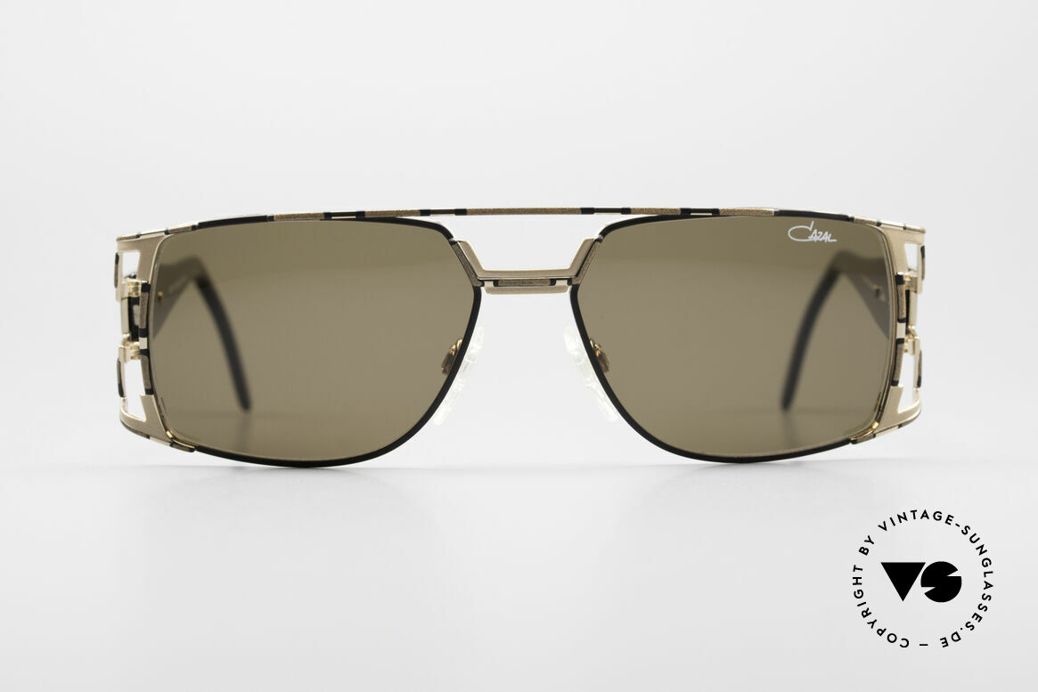Cazal 974 Unisex Design Men Women, great combination of design elements and materials, Made for Men and Women