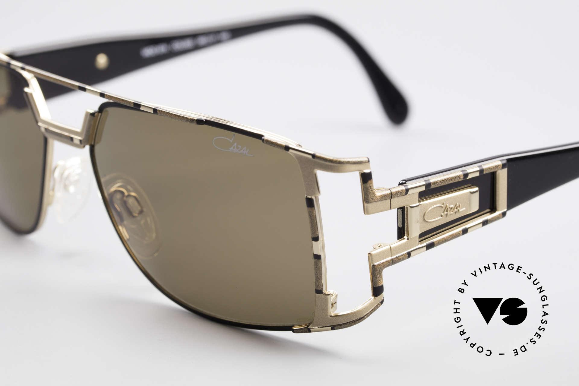 Cazal 974 Unisex Design Men Women, tangible (made in Germany) premium quality; 100% UV, Made for Men and Women