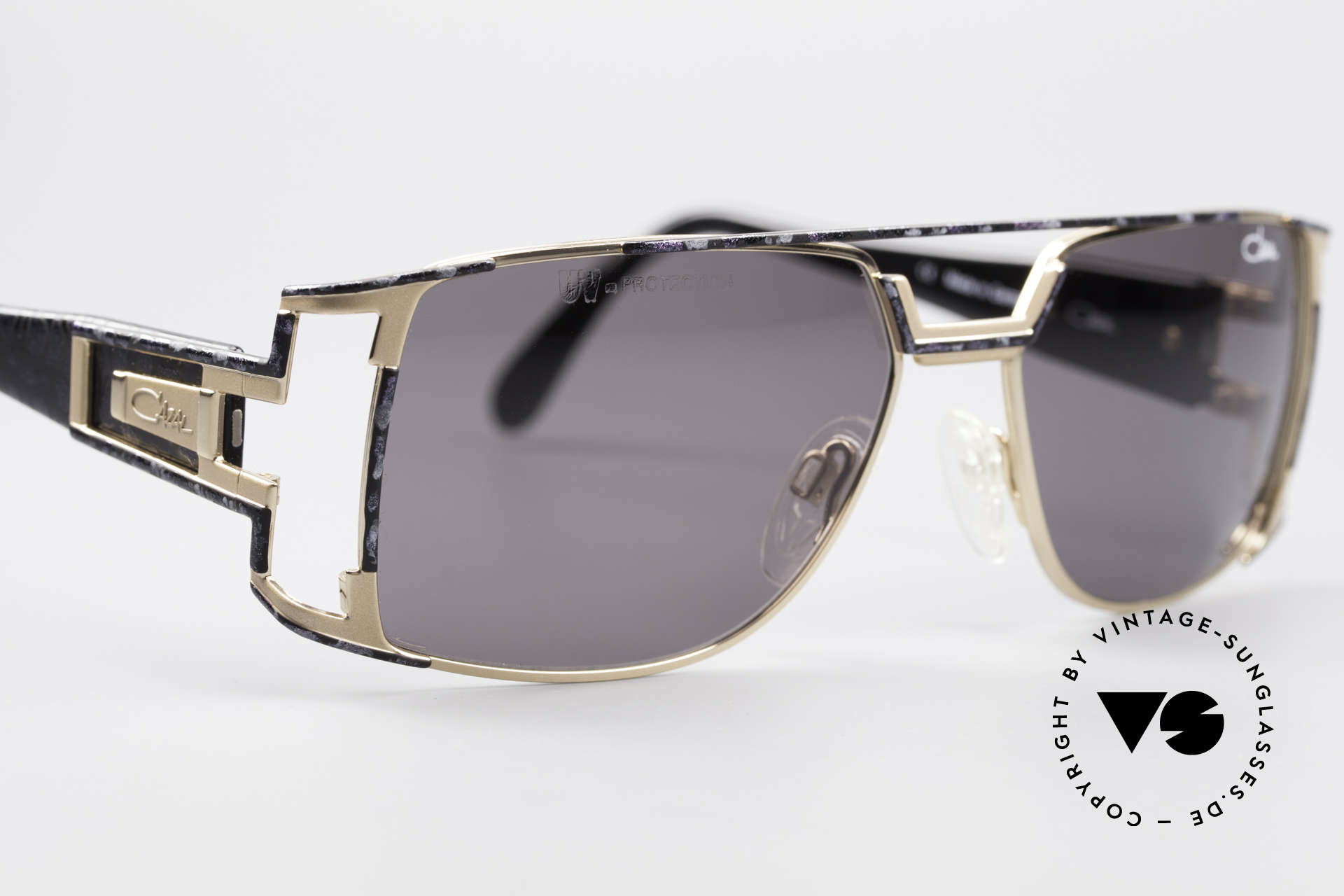 Cazal 974 Unisex Shades Ladies Men, unworn, NOS (like all our rare vintage CAZAL eyewear), Made for Men and Women
