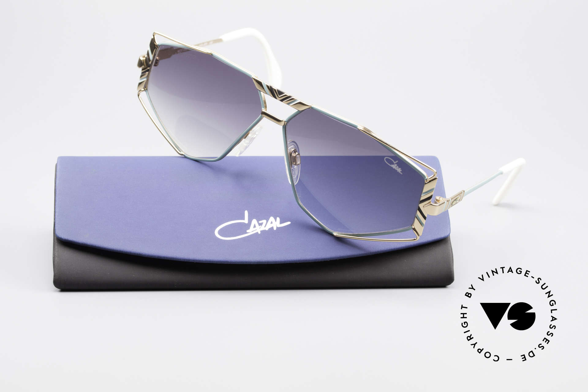 Cazal 956 Cari Zalloni Vintage Shades, gray-gradient sun lenses for 100% UV protection, Made for Men and Women