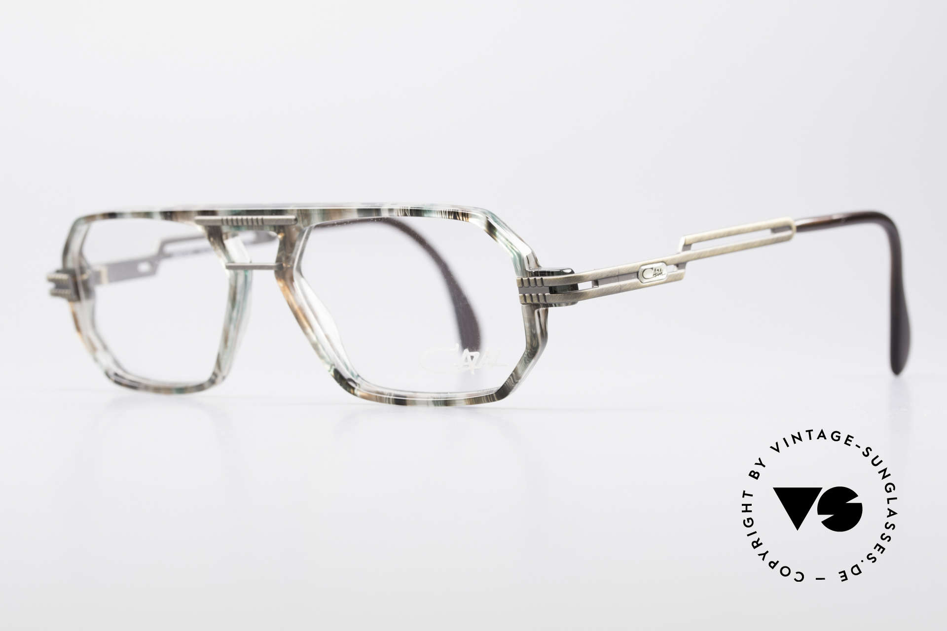 Cazal 651 90's True Vintage Eyeglasses, brushed metal parts on arms and front; 1. class quality, Made for Men