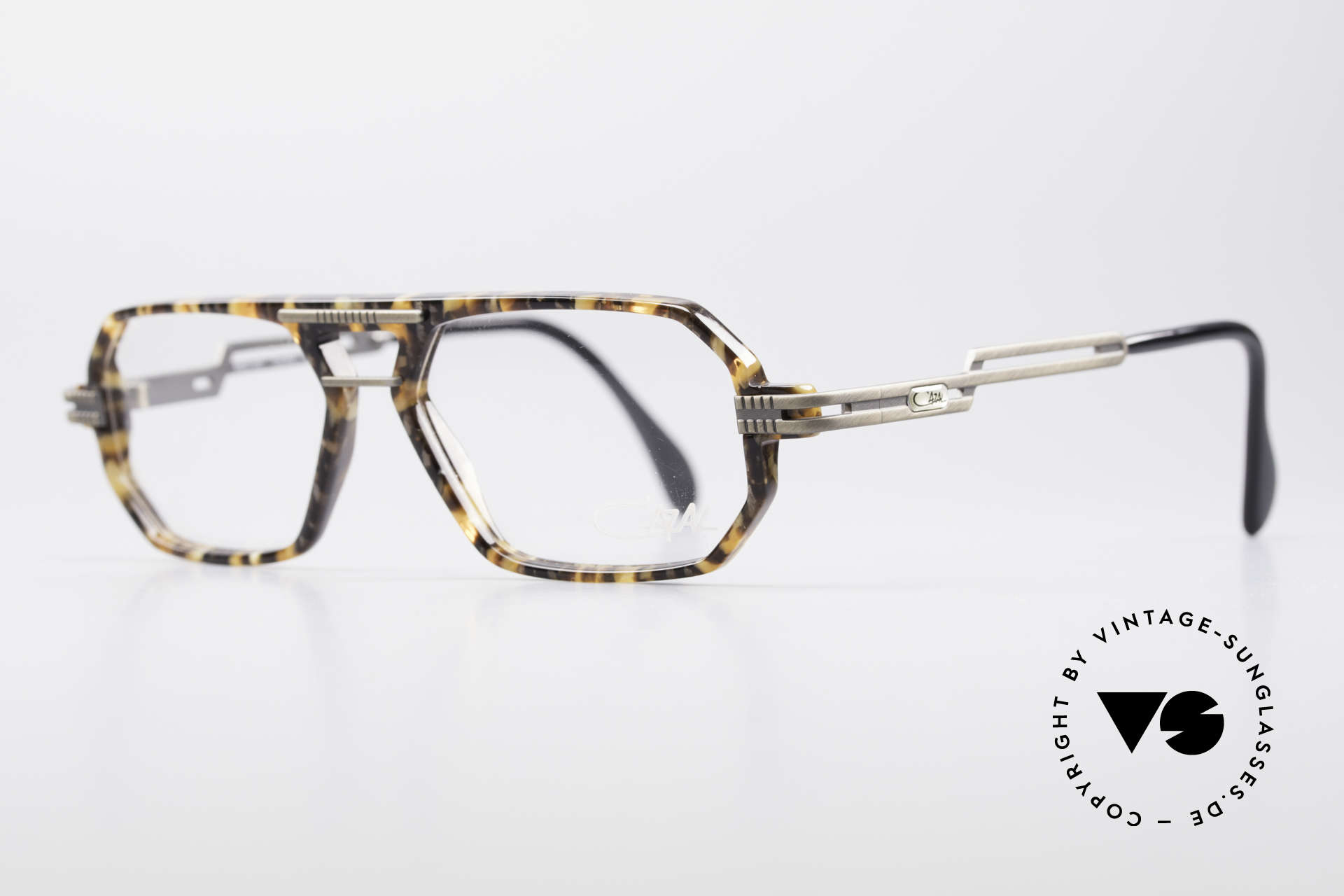 Cazal 651 Rare 90's Vintage Eyeglasses, brushed metal parts on arms and front; 1. class quality, Made for Men