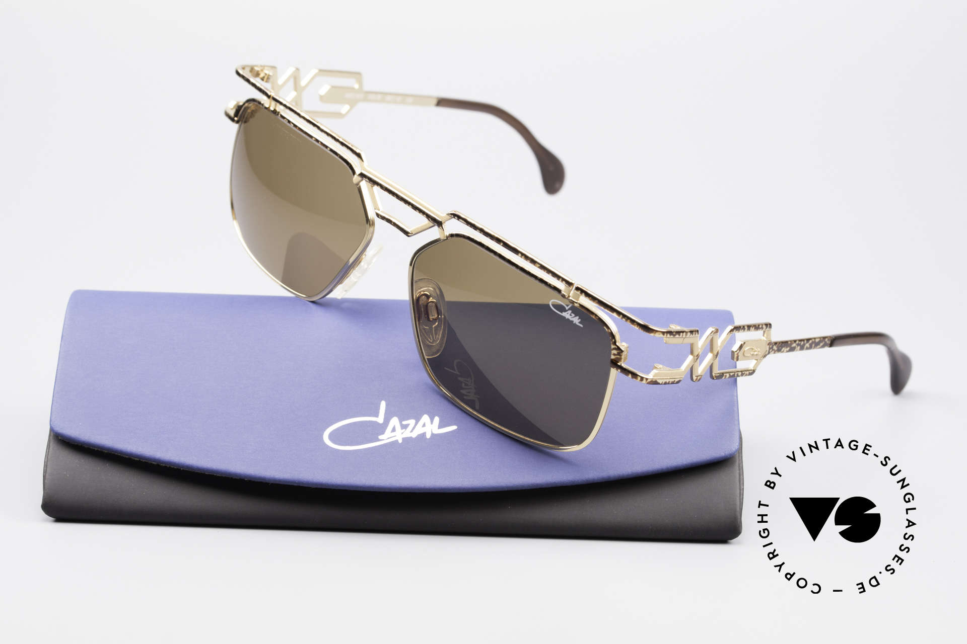 Cazal 973 90's Sunglasses Women Men, a real 'MUST HAVE' for all lovers of quality and design!, Made for Men and Women
