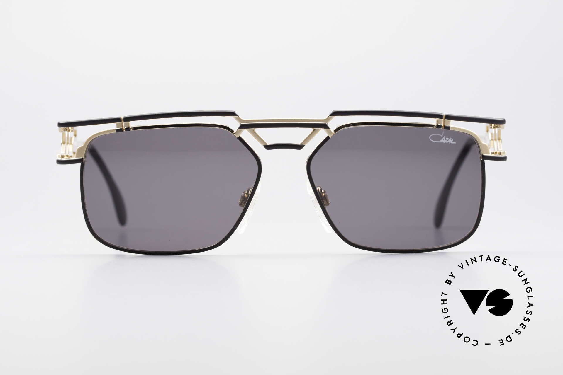 Cazal 973 90's Sunglasses Ladies Gents, phenomenal quality 'Made in Germany'- just monolithic, Made for Men and Women