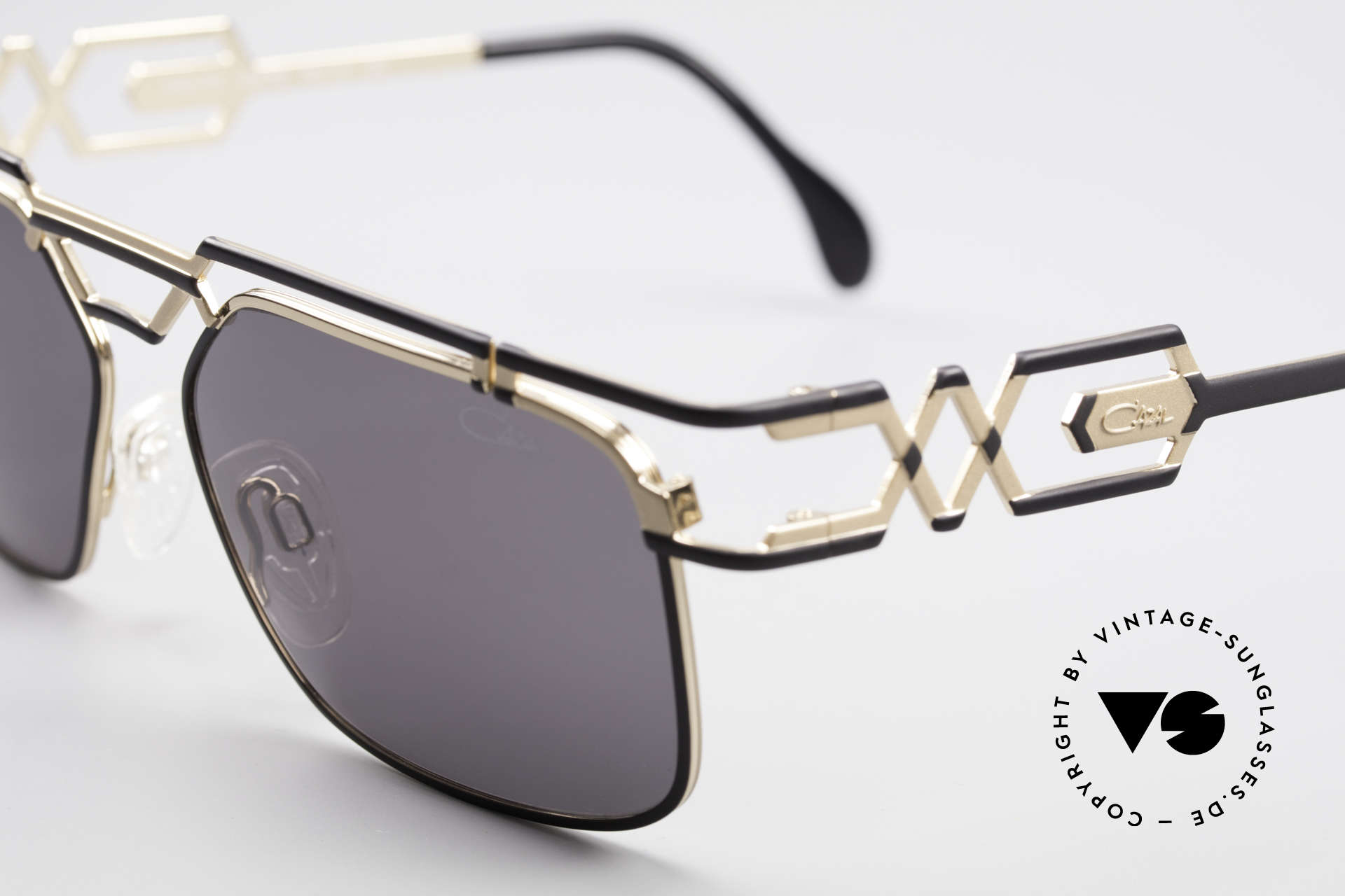 Cazal 973 90's Sunglasses Ladies Gents, new old stock (like all our rare VINTAGE Cazal eyewear), Made for Men and Women