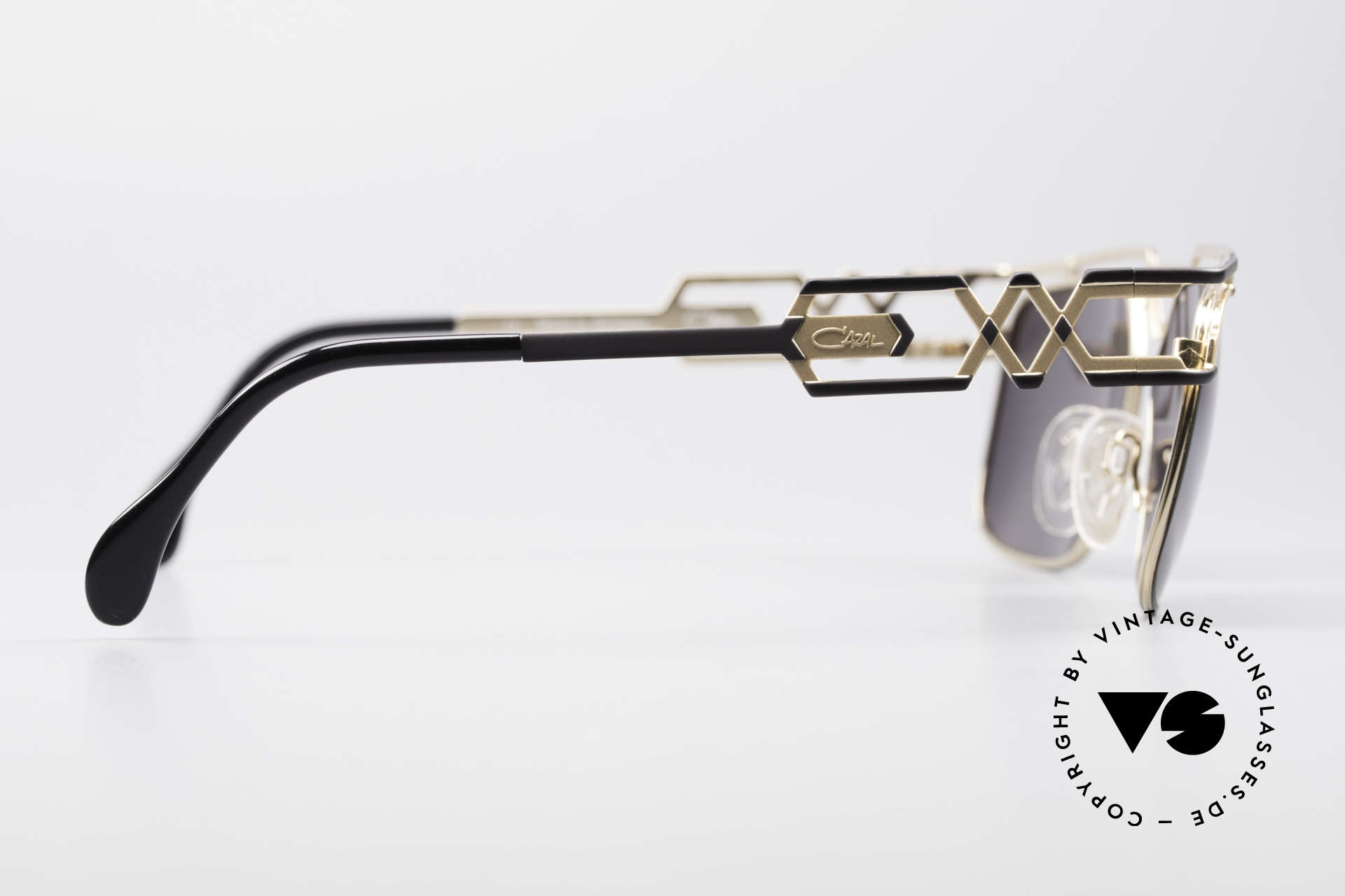 Cazal 973 90's Sunglasses Ladies Gents, orig. gray CAZAL sun lenses with 'UV Protection' mark, Made for Men and Women