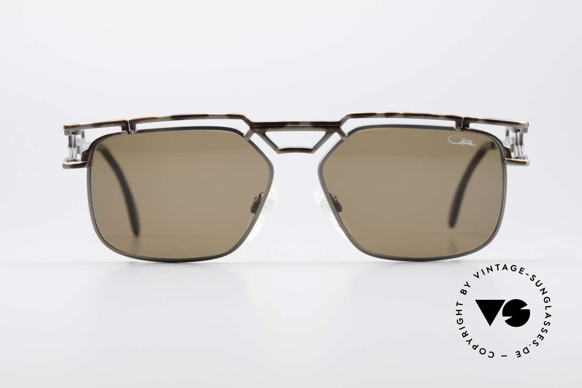 Cazal 973 High-End Designer Sunglasses, phenomenal quality 'Made in Germany'- just monolithic, Made for Men and Women