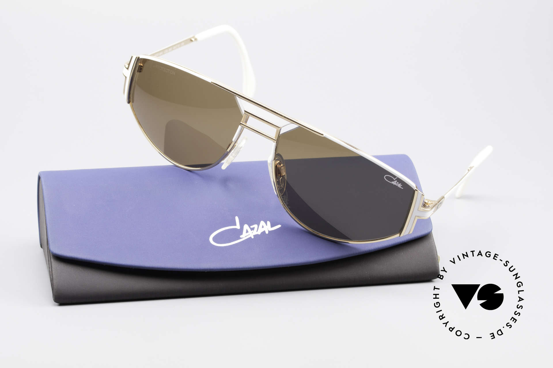 Cazal 964 True 90's Original Shades, unworn rarity (like all our old vintage Cazal eyewear), Made for Men and Women