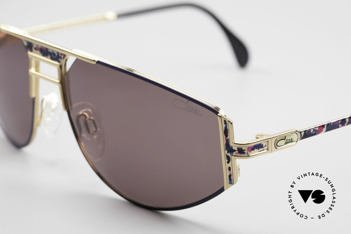 Cazal 964 True Vintage 90s Sunglasses, discreet 'sporty' & striking 'unique' at the same time, Made for Men and Women