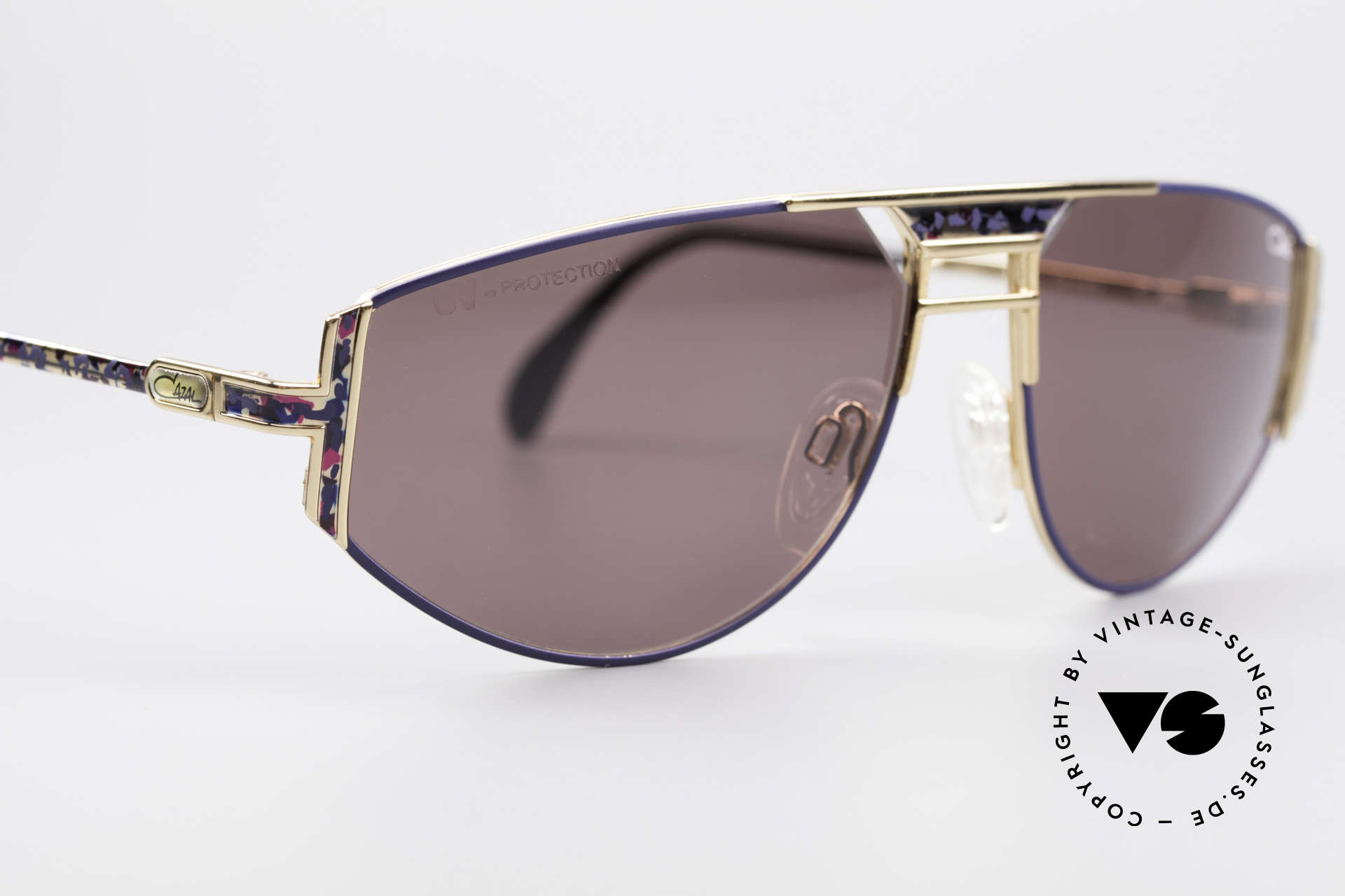 Cazal 964 True Vintage 90s Sunglasses, perfect frame for an individual look; cult sunglasses!, Made for Men and Women