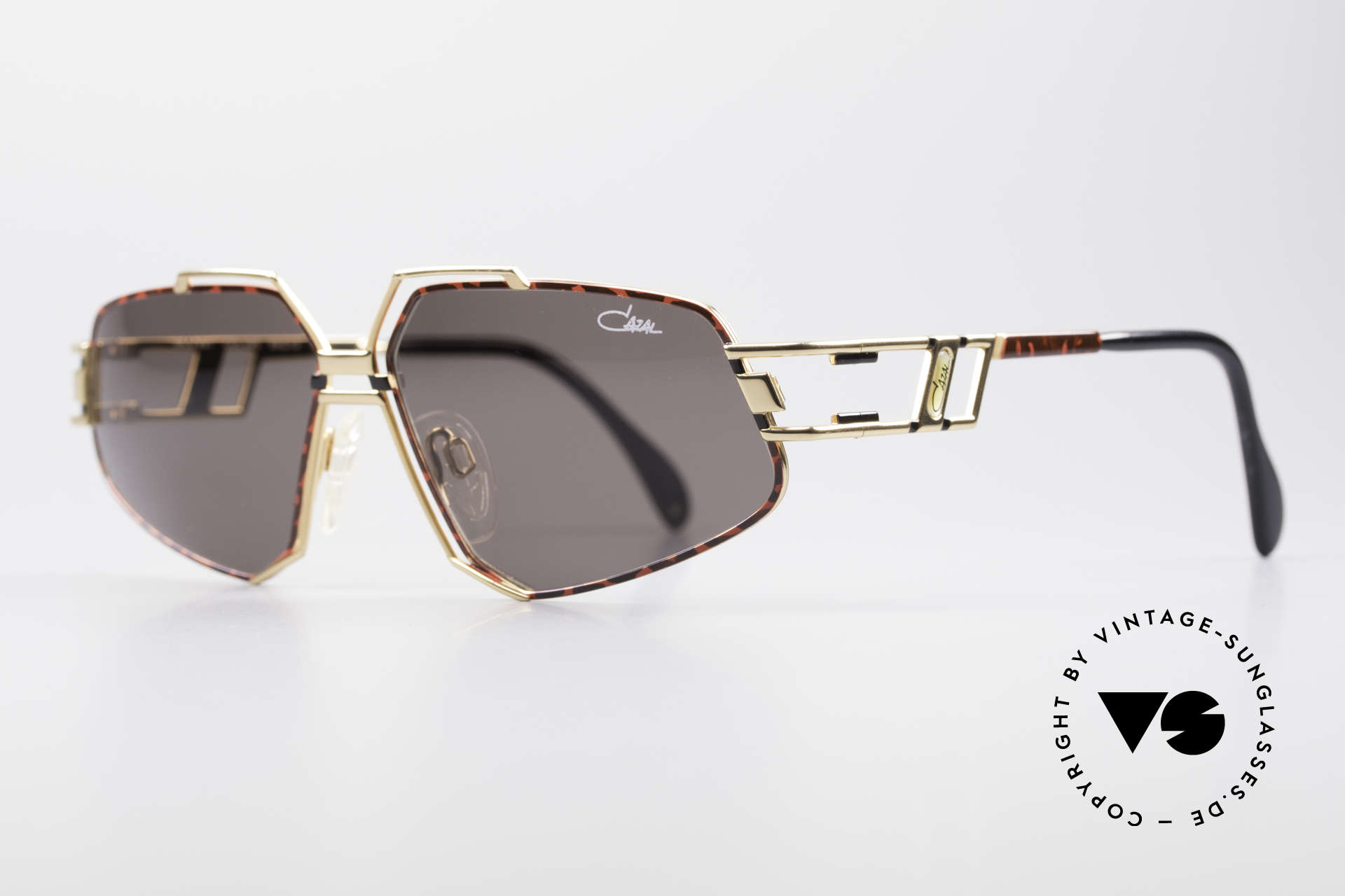 Cazal 961 Designer Vintage Sunglasses, striking & distinctive frame construction; truly vintage, Made for Men and Women