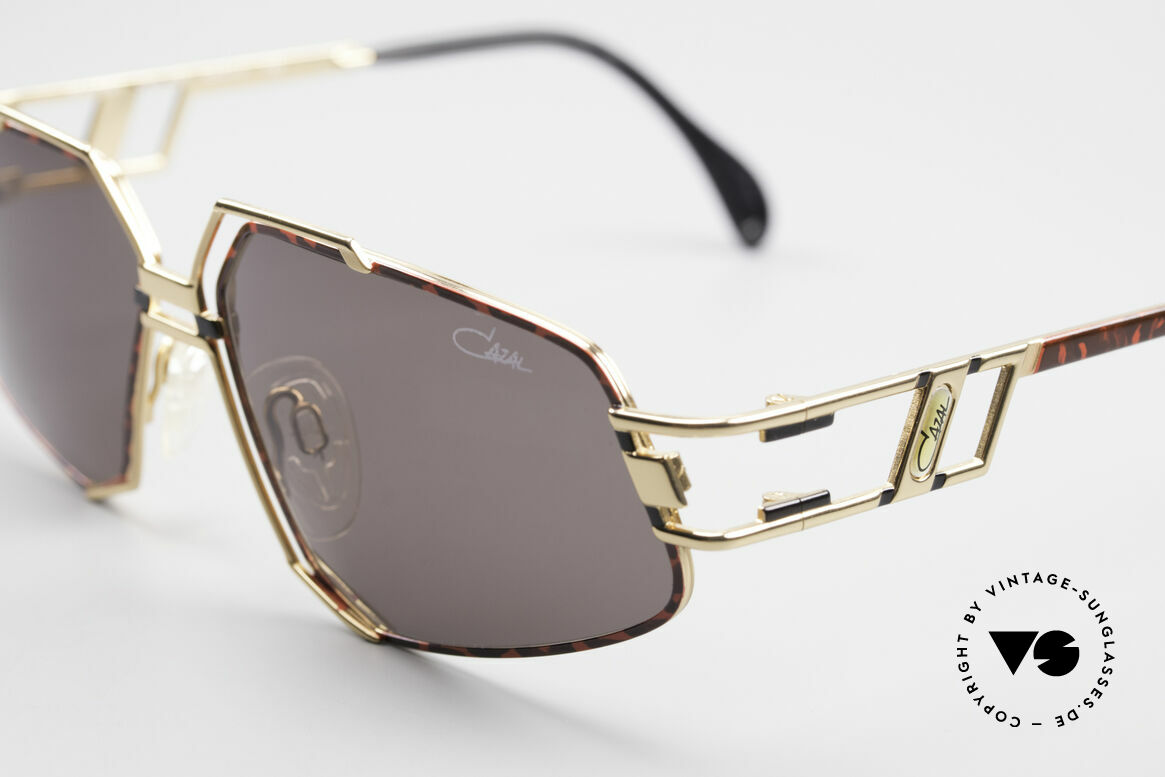 Cazal 961 Designer Vintage Sunglasses, today, a sought-after accessory for every Hip-Hop outfit, Made for Men and Women
