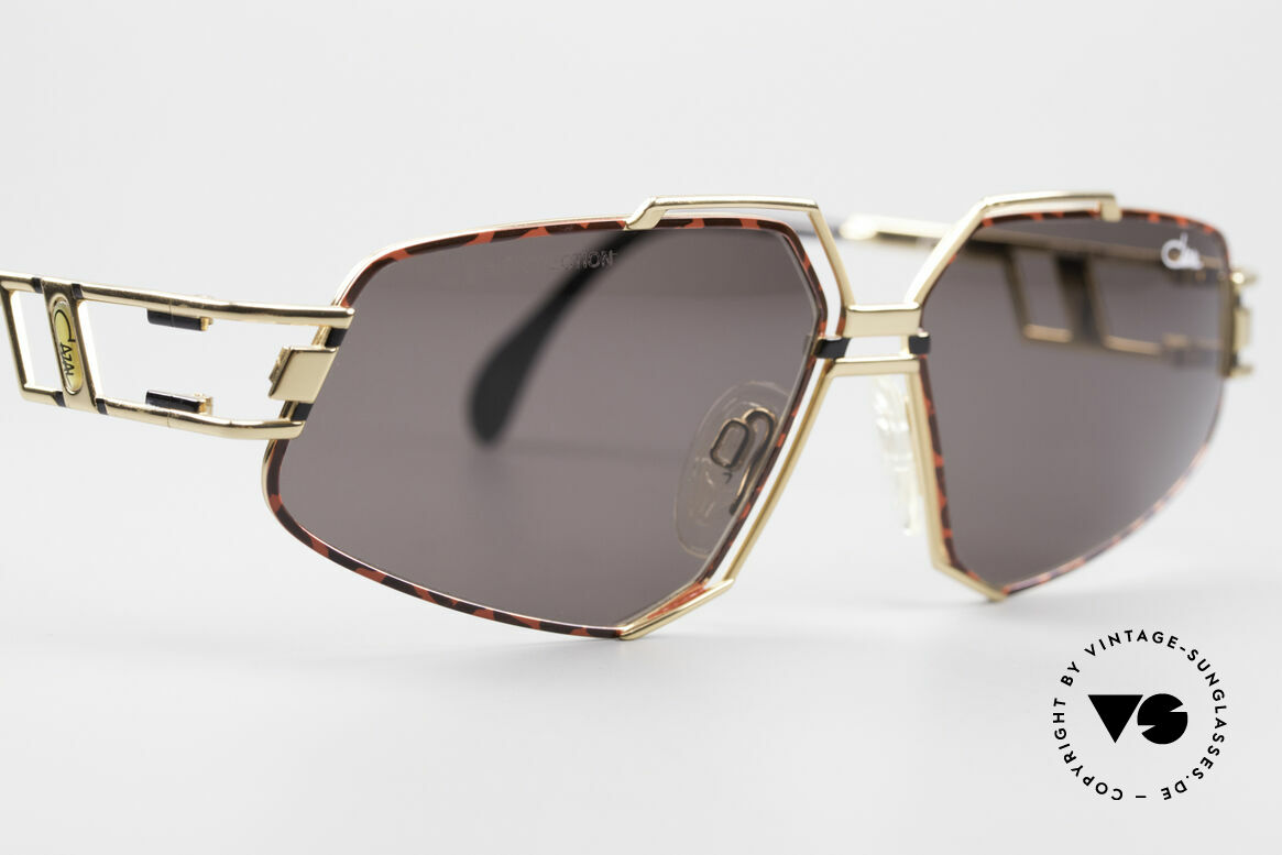 Cazal 961 Designer Vintage Sunglasses, ORIGINAL 90's quality (lenses with 'UV-protection' logo), Made for Men and Women