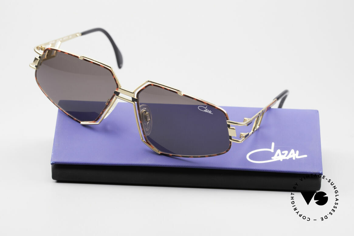 Cazal 961 Designer Vintage Sunglasses, NO RETRO sunglasses, but a 25 years old Cazal original!, Made for Men and Women