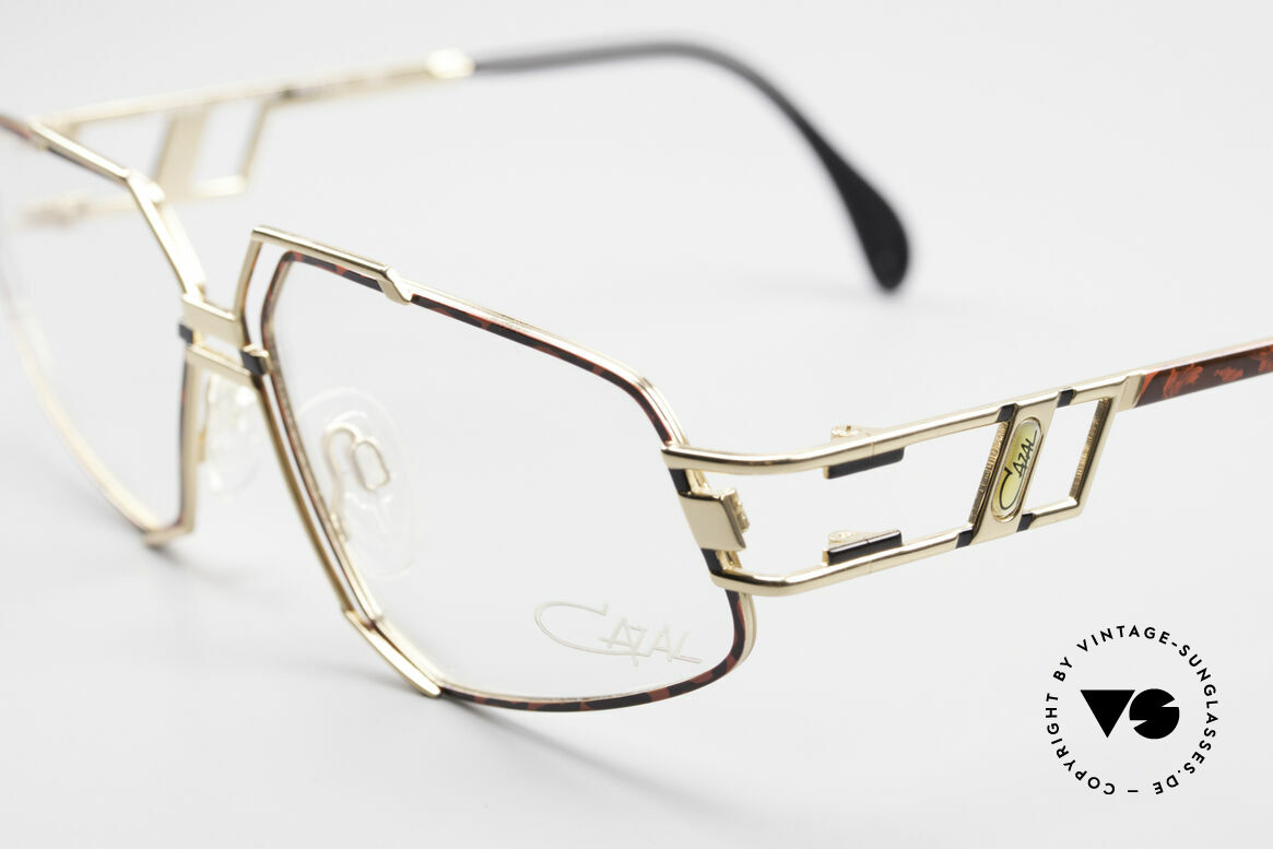 Cazal 961 Designer Vintage Eyeglasses, today, a sought-after accessory for every Hip-Hop outfit, Made for Men and Women
