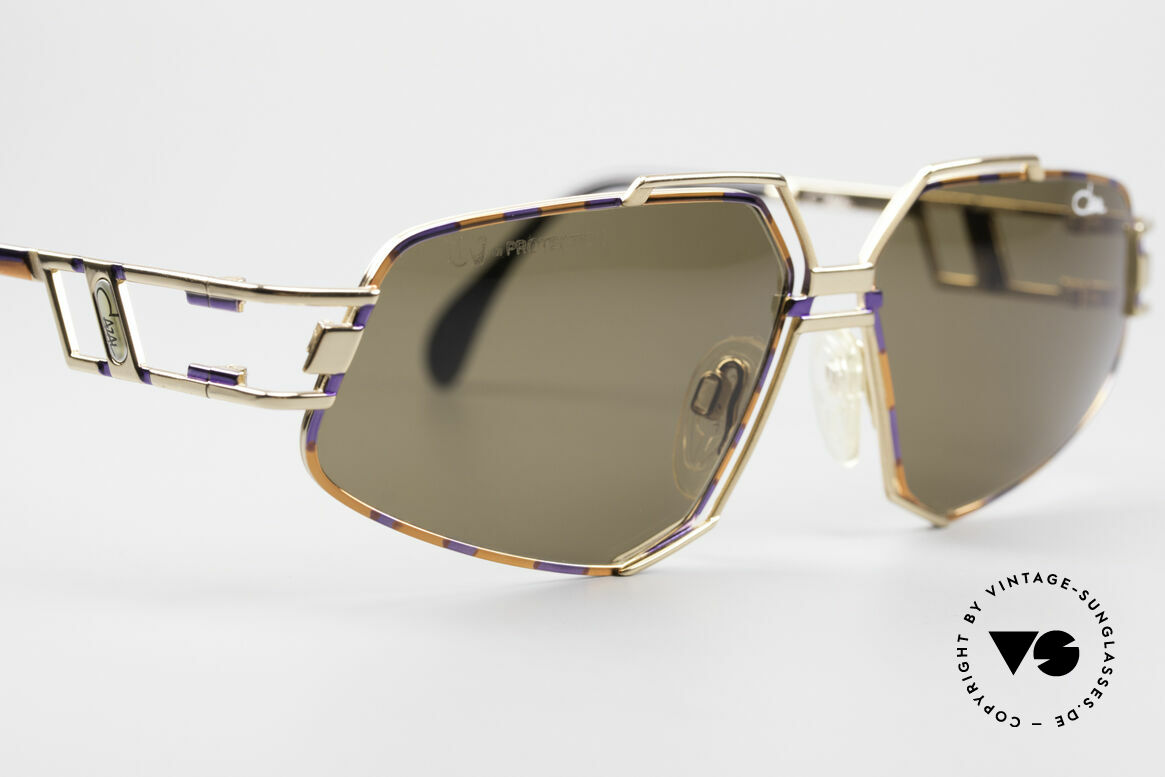 Cazal 961 Vintage Designer Sunglasses, ORIGINAL 90's quality: lenses with 'UV-protection' logo, Made for Men and Women