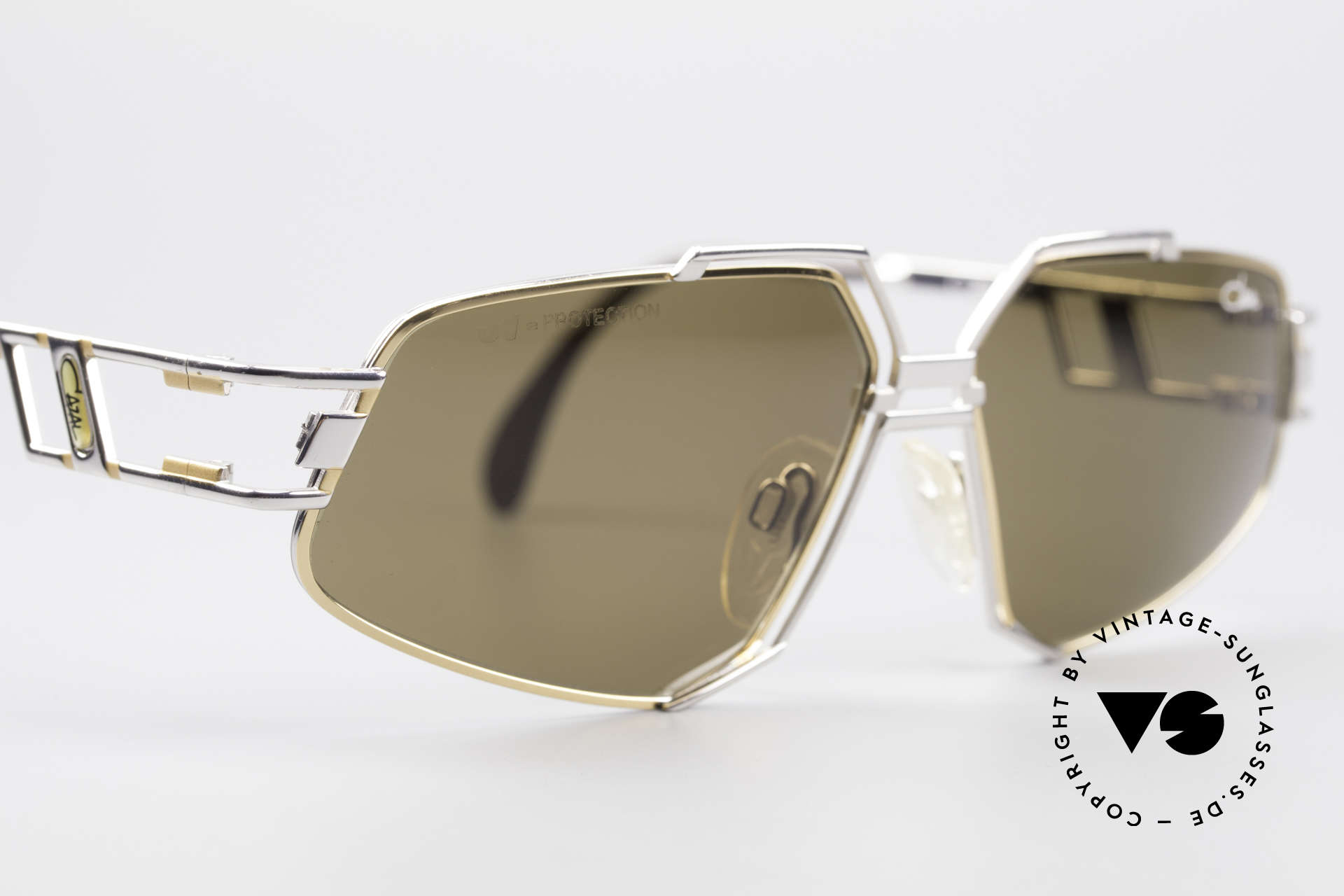 Cazal 961 Rare Designer Sunglasses 90s, ORIGINAL 90's quality (lenses with 'UV-protection' logo), Made for Men and Women