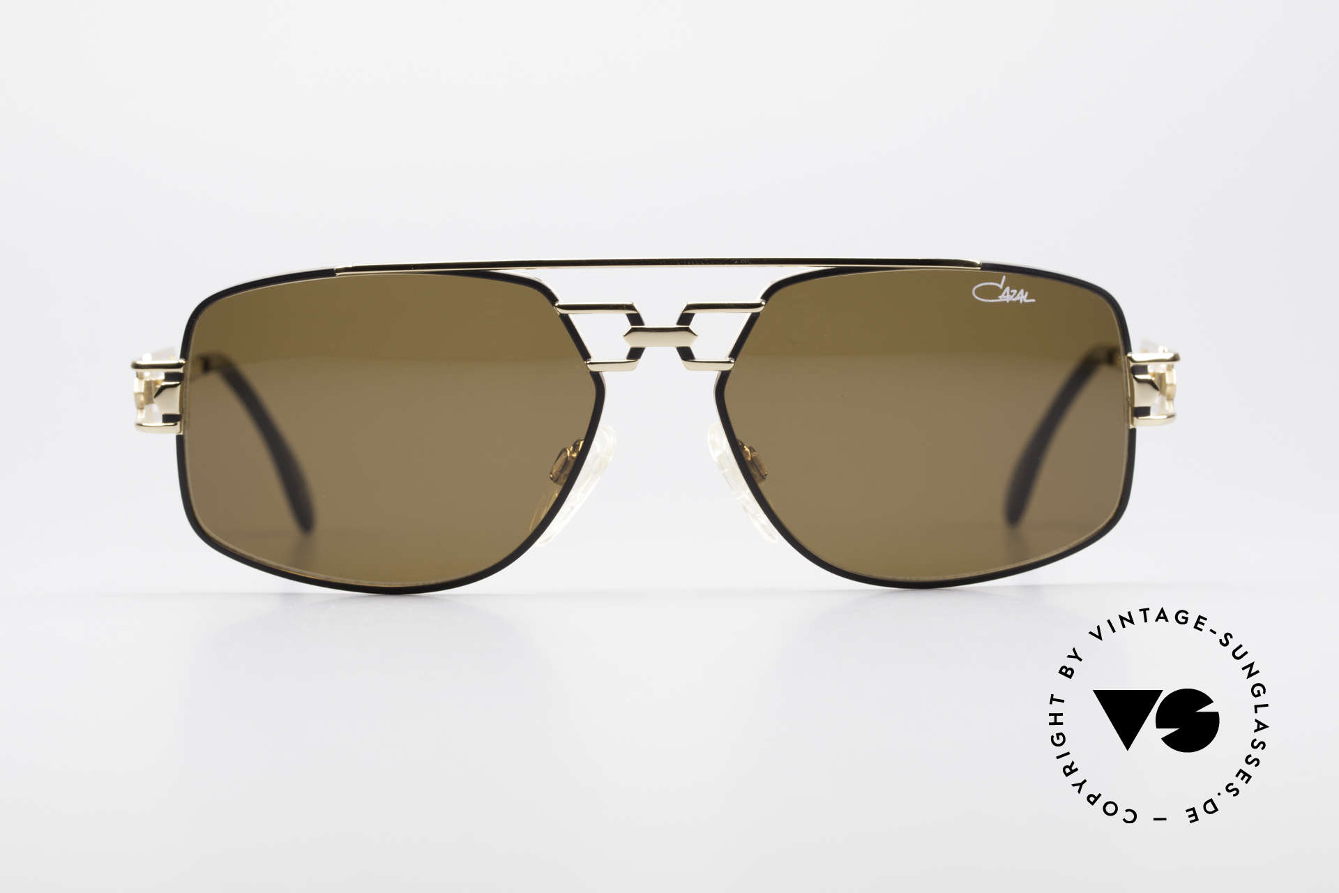 Cazal 972 True 90's No Retro Sunglasses, high-end quality 'made in GERMANY' (crafted in Passau), Made for Men and Women