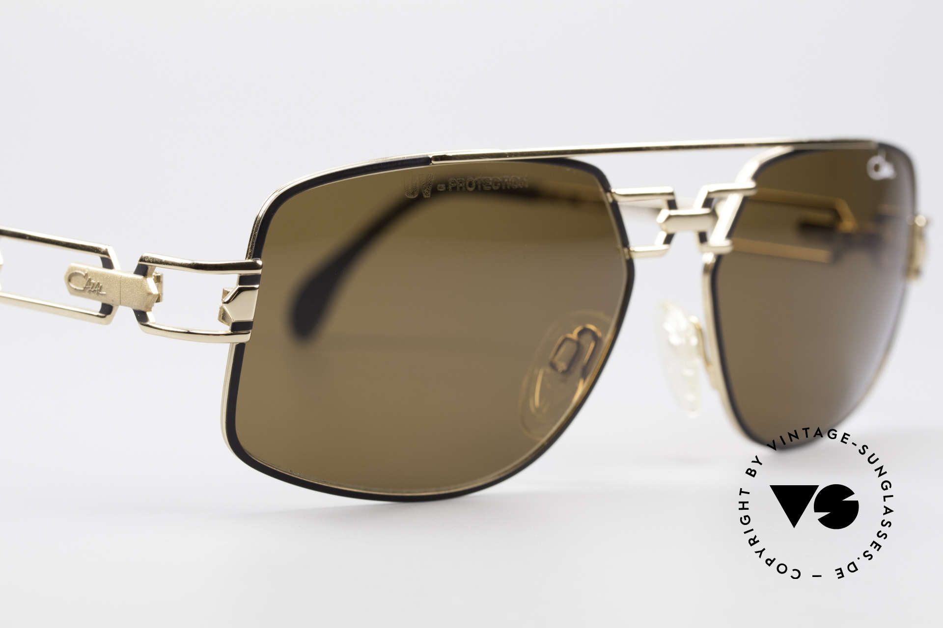 Cazal 972 True 90's No Retro Sunglasses, NO RETRO EYEWEAR, but a real old ORIGINAL from 1997, Made for Men and Women