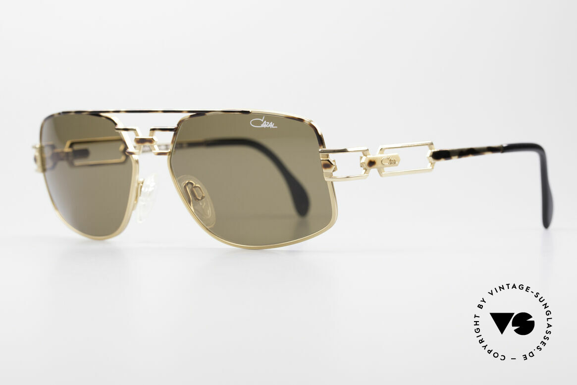 Cazal 972 Rare Designer Sunglasses 90's, extraordinary 'brown mottled' frame finish; just unique!, Made for Men and Women