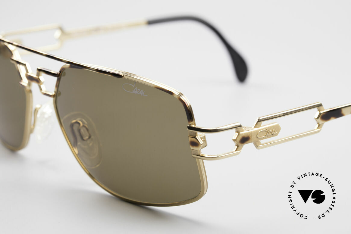 Cazal 972 Rare Designer Sunglasses 90's, unworn, new old stock (like all our vintage Cazal shades), Made for Men and Women