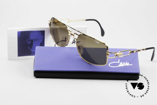 Cazal 972 Rare Designer Sunglasses 90's, orig. brown Cazal sun lenses with UV PROTECTION mark, Made for Men and Women