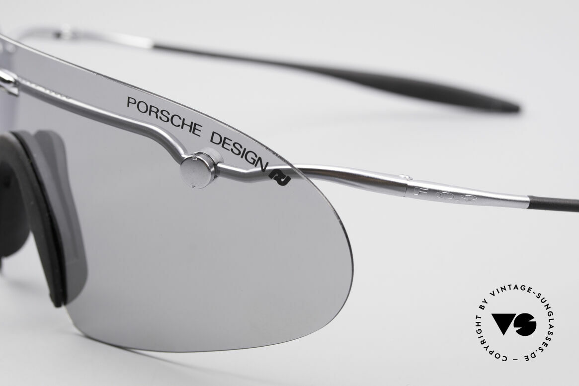 Porsche 5692 F09 Flat Designer Shades, made for extreme sporty conditions (lens with light tint), Made for Men