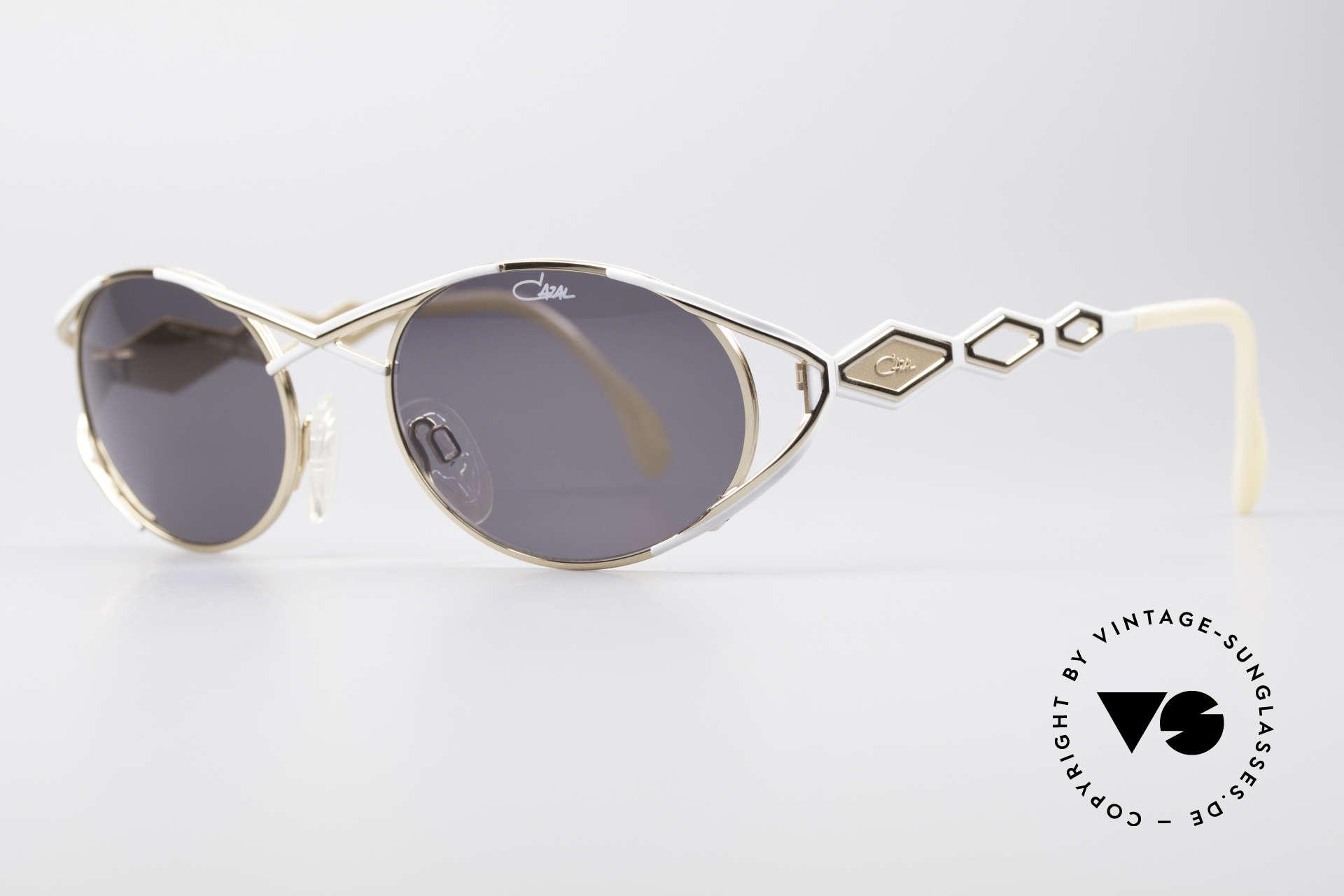 Cazal 977 90's Designer Shades Women, glamorous design elements; an elegance full of verve, Made for Women