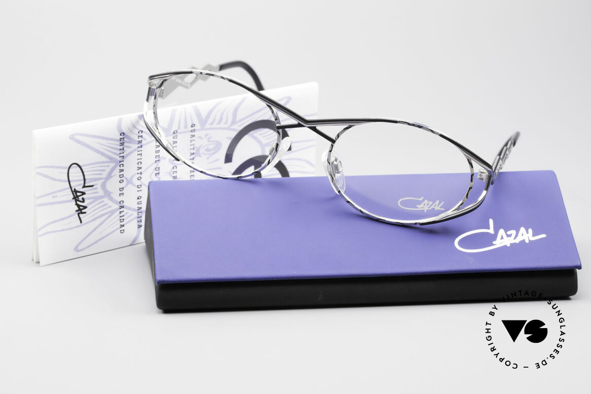 Cazal 977 Vintage 90s Eyeglasses Ladies, the frame is made for optical (sun)lenses of any kind, Made for Women
