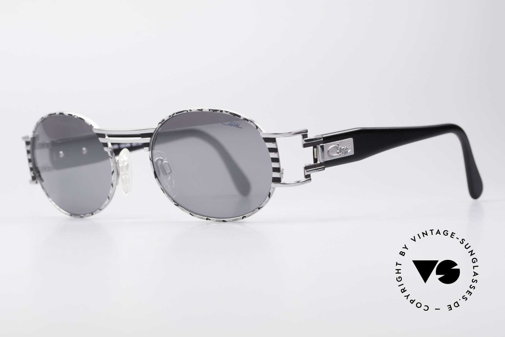 Cazal 976 Vintage Shades Oval Mirrored, best craftmanship and 1st class wearing comfort, Made for Men and Women
