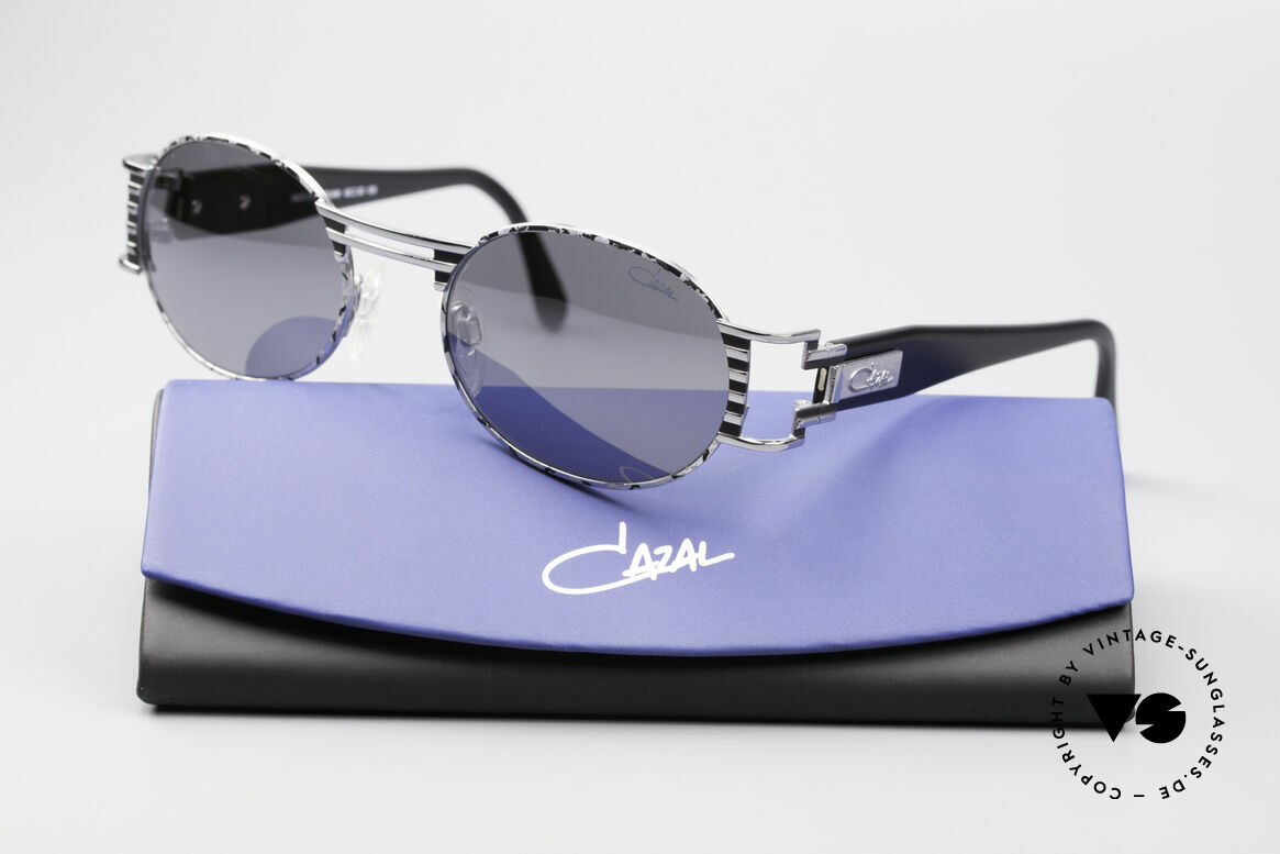 Cazal 976 Vintage Shades Oval Mirrored, NO retro sunglasses, but an authentic old original, Made for Men and Women