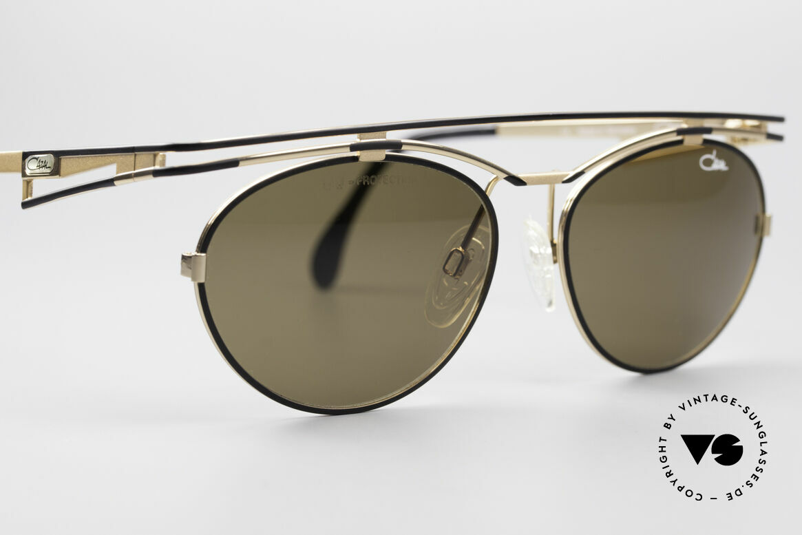 Cazal 970 Extraordinary 90's Shades, NO current RETRO fashion - but real 90's commodity!, Made for Women