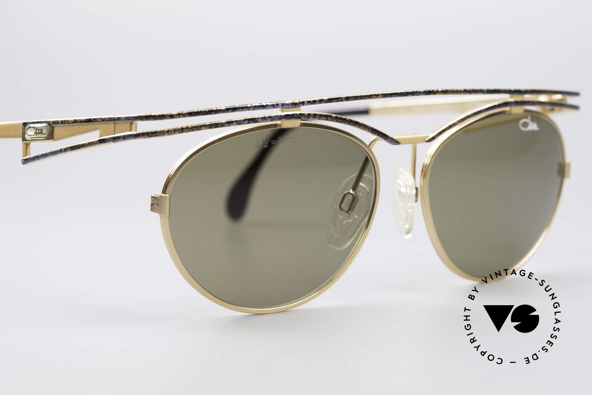 Cazal 970 Extraordinary Shades Women, NO current RETRO fashion - but real 90's commodity!, Made for Women