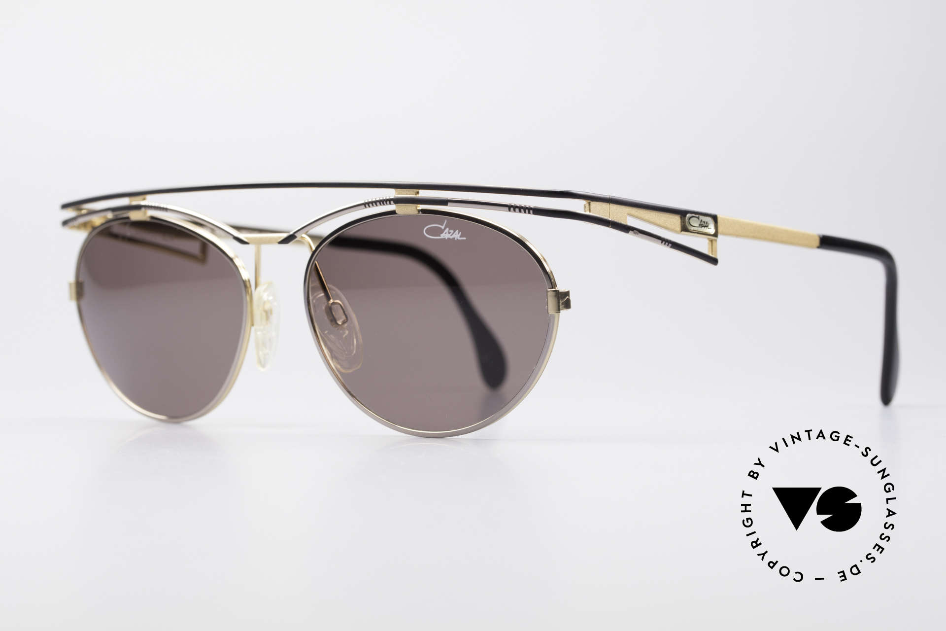 Cazal 970 Extraordinary Ladies Shades, sophisticated frame finish in tangible high-end quality, Made for Women