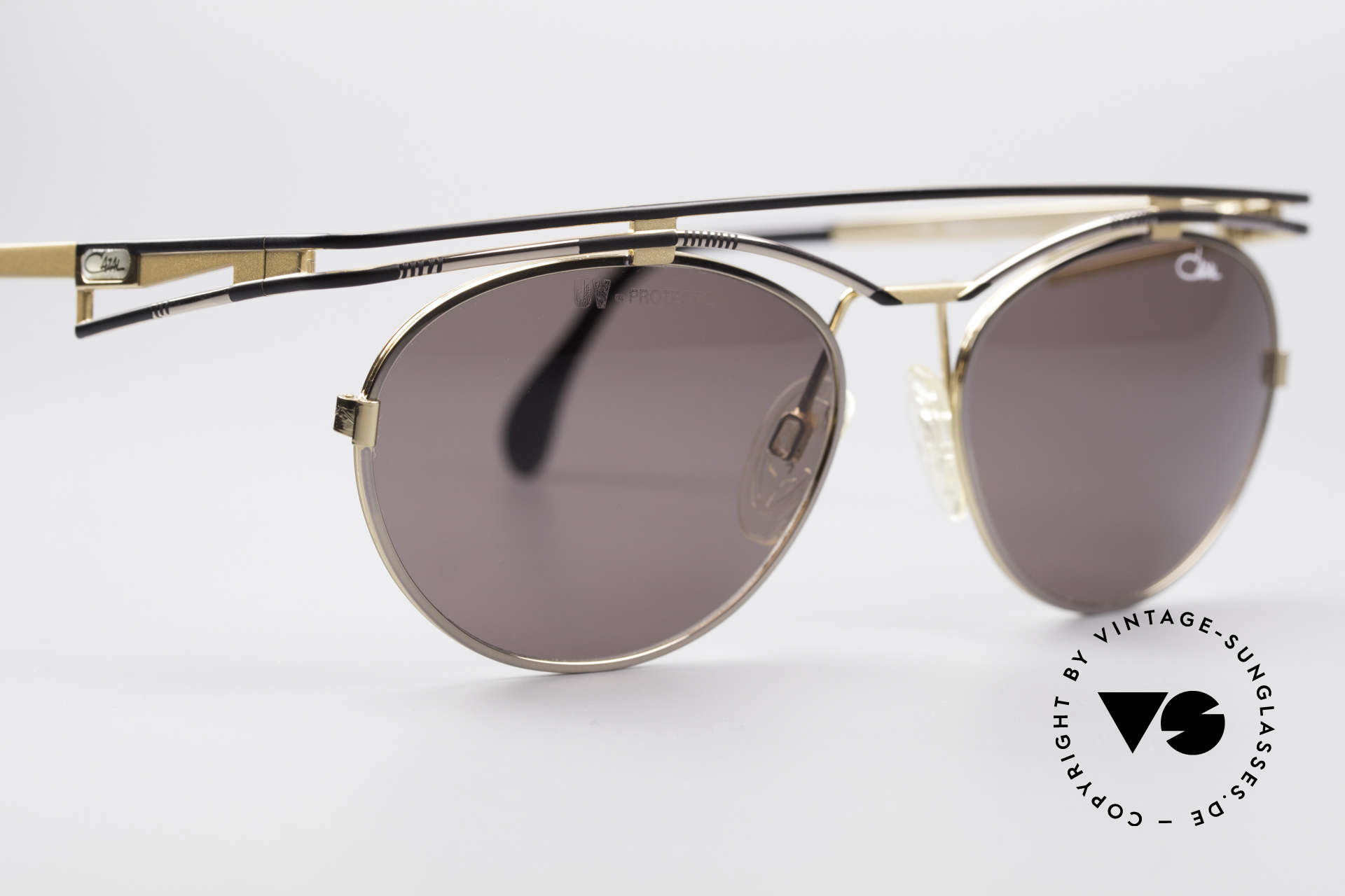 Cazal 970 Extraordinary Ladies Shades, NO current RETRO fashion - but real 90's commodity!, Made for Women