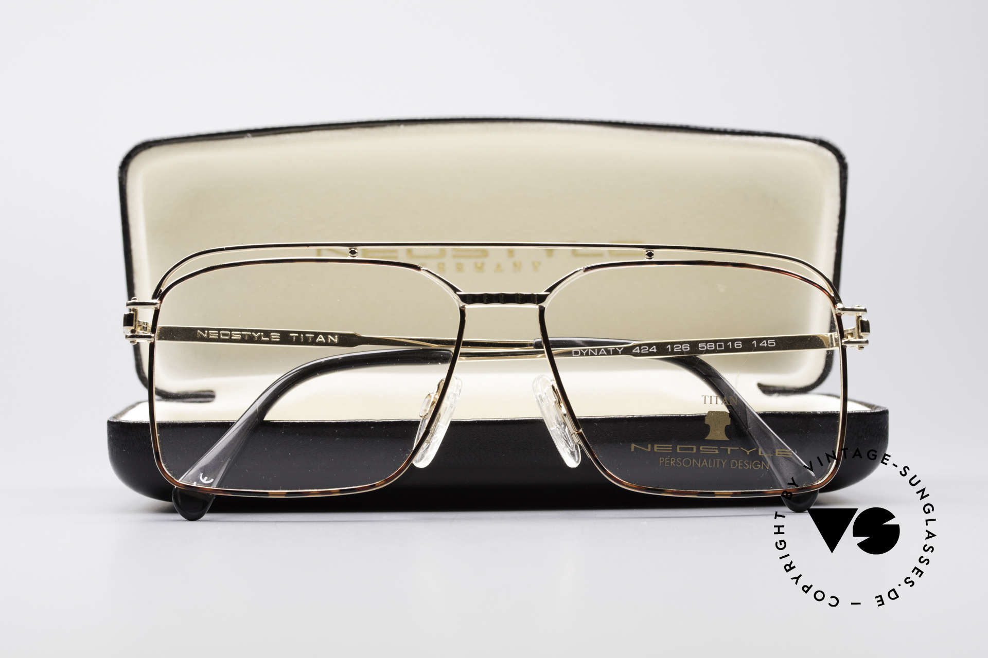 Neostyle Dynasty 424 - L 80's Titanium Men's Frame, NO RETRO glasses, just a stylish old ORIGINAL, Made for Men