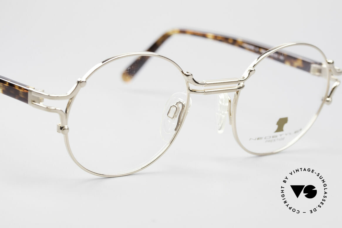 Neostyle Academic 8 Round Vintage Eyeglasses, never worn, NOS (like all our vintage eyewear), Made for Men and Women
