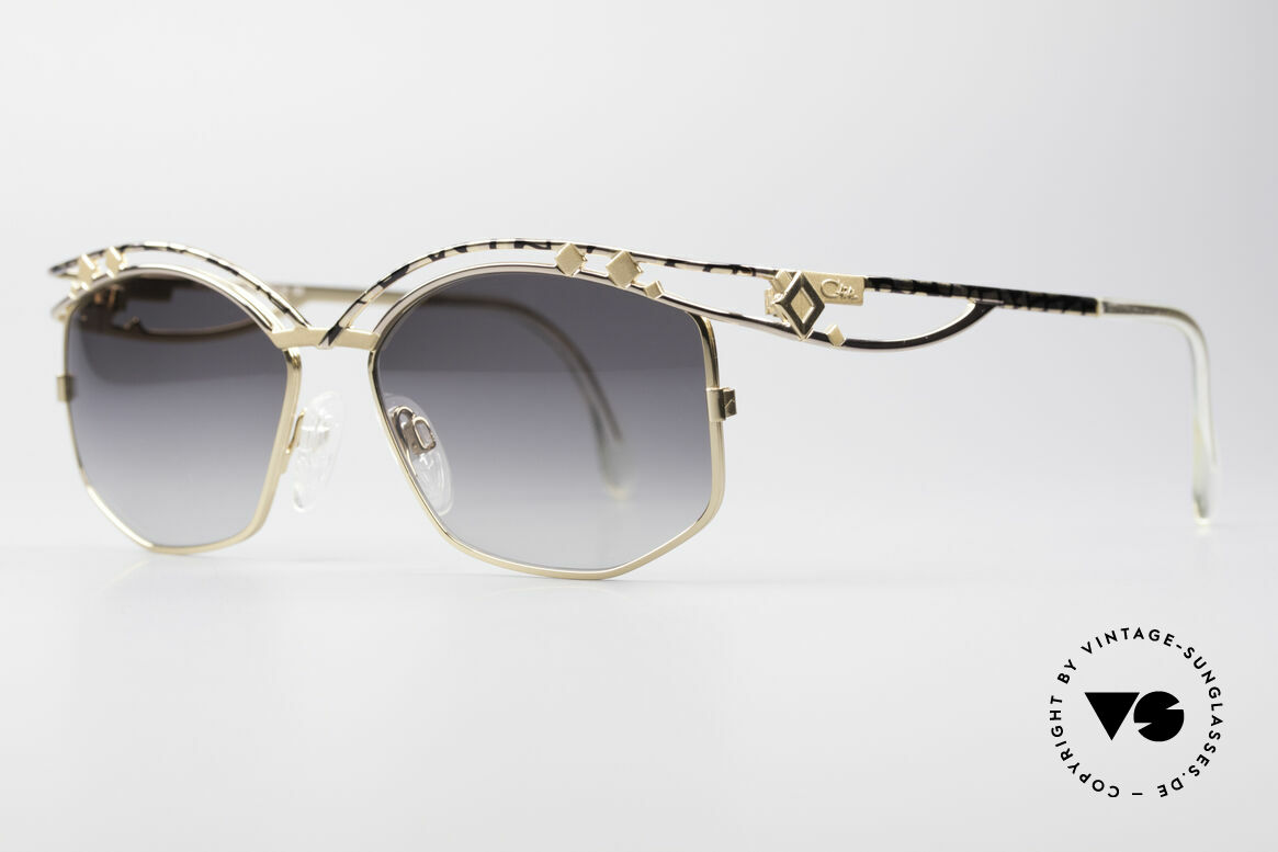 Cazal 280 90's Vintage Ladies Sunglasses, true eye-catcher & high-end quality (frame Germany), Made for Women