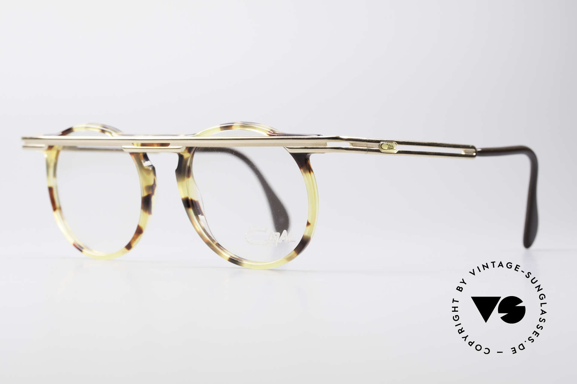 Cazal 648 True 90's Cari Zalloni Glasses, extroverted frame construction with unique coloring, Made for Men and Women