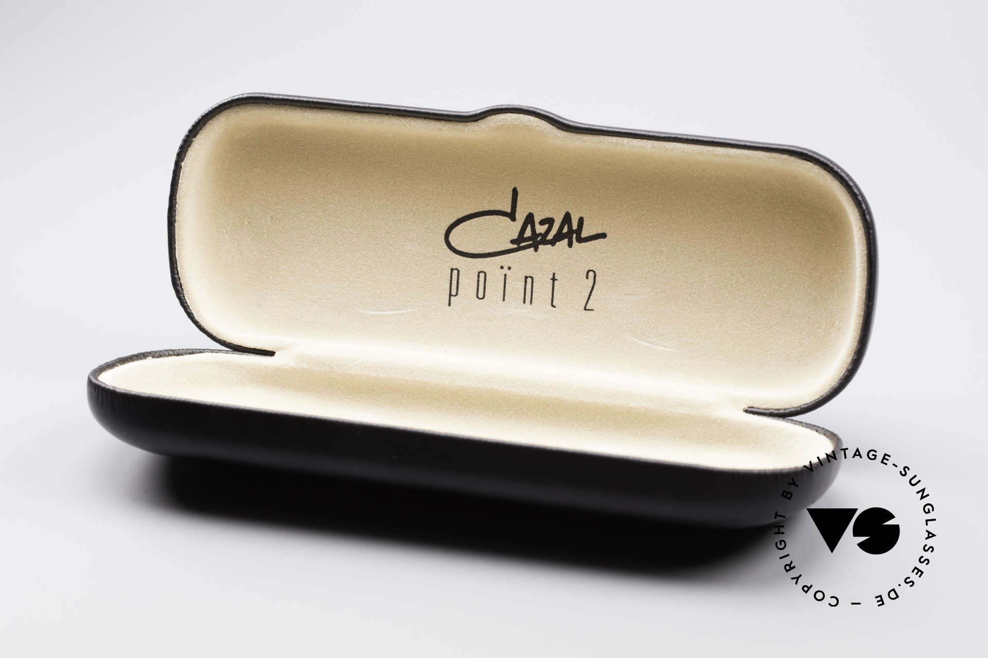 Cazal 1114 - Point 2 Round Oval Vintage Frame, NO retro eyeglasses, but an authentic old 90's original, Made for Men and Women