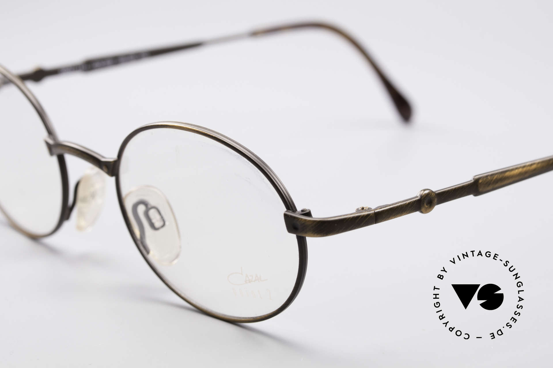 Cazal 1114 - Point 2 Oval Vintage Eyeglass Frame, plain design with clear and pures lines; just timeless!, Made for Men and Women