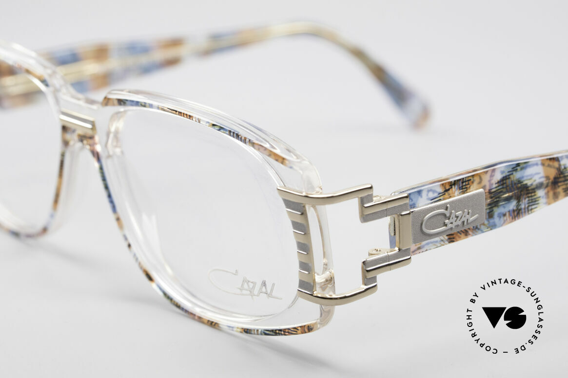 Cazal 372 Ultra Rare HipHop Vintage Frame, CAZAL = part of the US hip-hop-scene in the 80's and 90's, Made for Men and Women